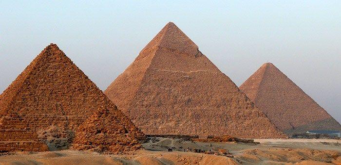 Πώς κατασκευάστηκαν οι πυραμίδες ?